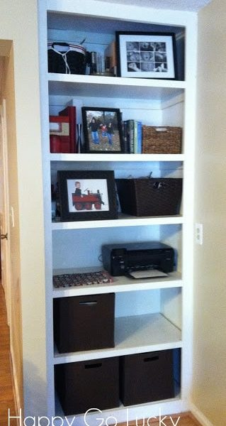 DIY Built-in Bookshelves