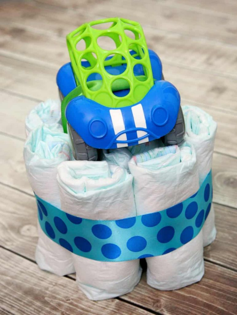 mini diaper cake and gift card holder