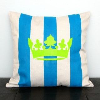 Fun & Easy Stenciled Pillow
