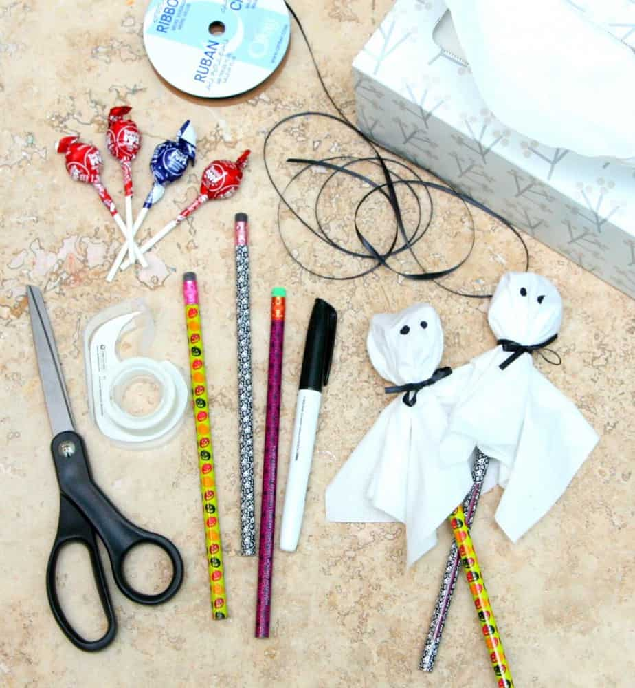 Pencil and Lollipop Ghosts - an easy Halloween Treat