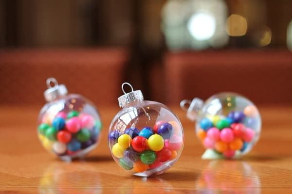 bubble-gum-ornament
