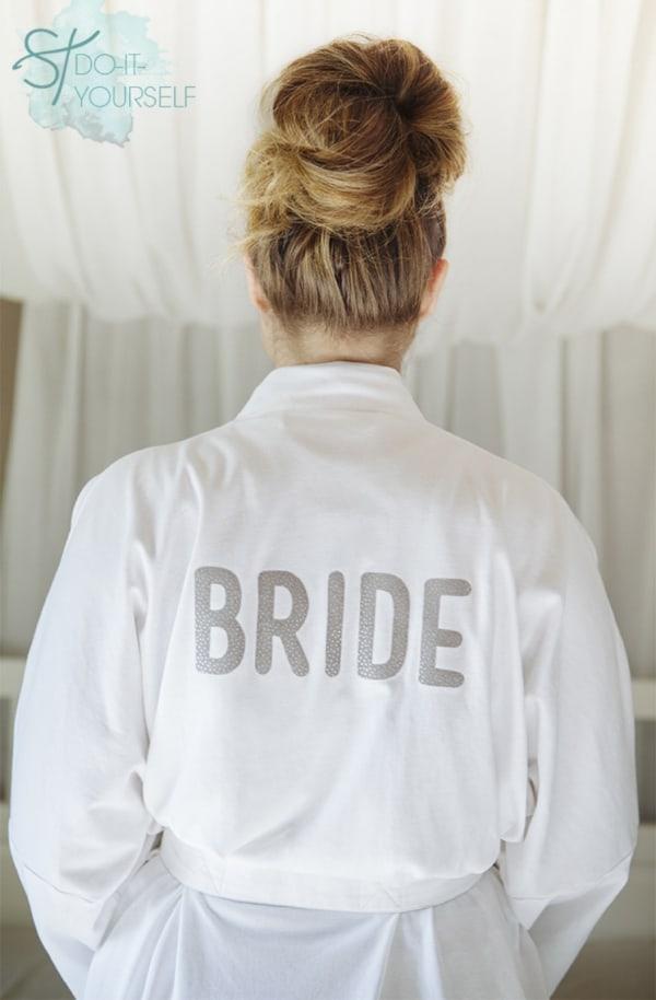 ST_DIY_iron_on_bride_robe_bridal_party_robes_diy_bride_0001