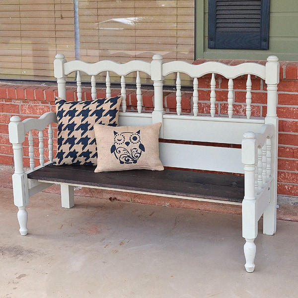 013-bed-repurposed-bench-dreamalittlebigger