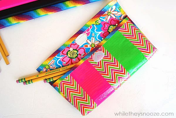 How_to_make_a_duck_tape_pencil_case8