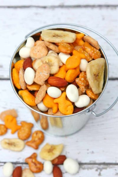 Easy Goldfish Trail Mix