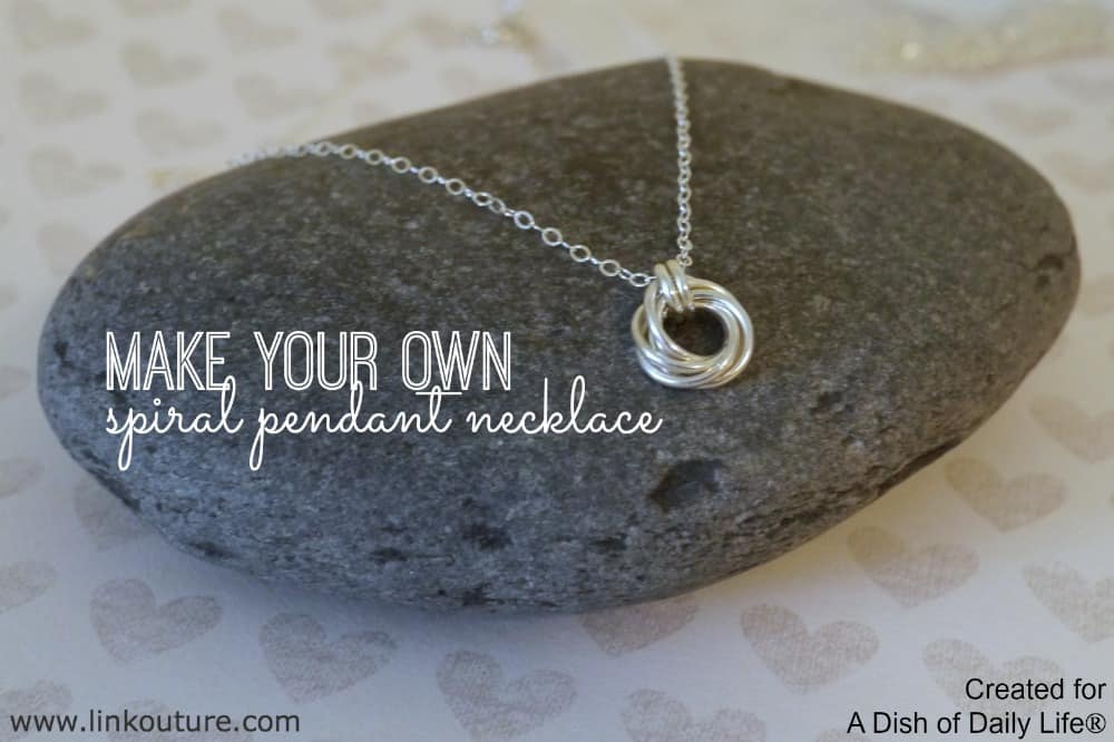 Make-your-own-spiral-pendant-necklace