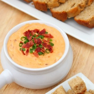 Cheddar Bacon Dip with Beer Bread