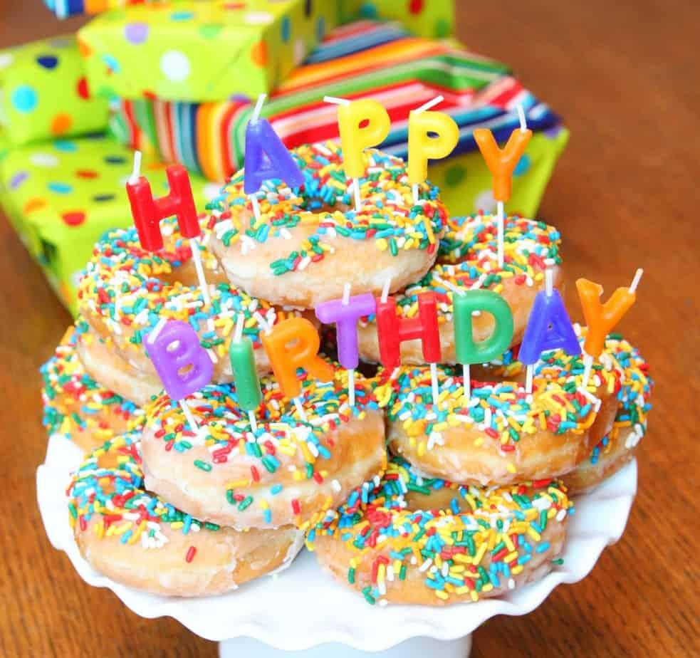 donut-birthday-cake-3-1024x963
