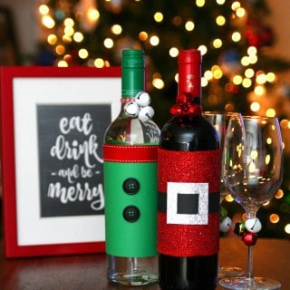 Festive Holiday Wine Bottles {with Free Printables}