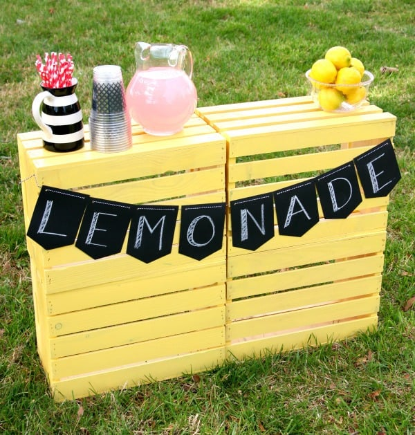 DIY Lemonade Stand 1