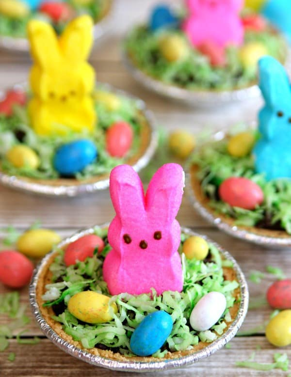 Mini Easter Bunny Pudding Pies