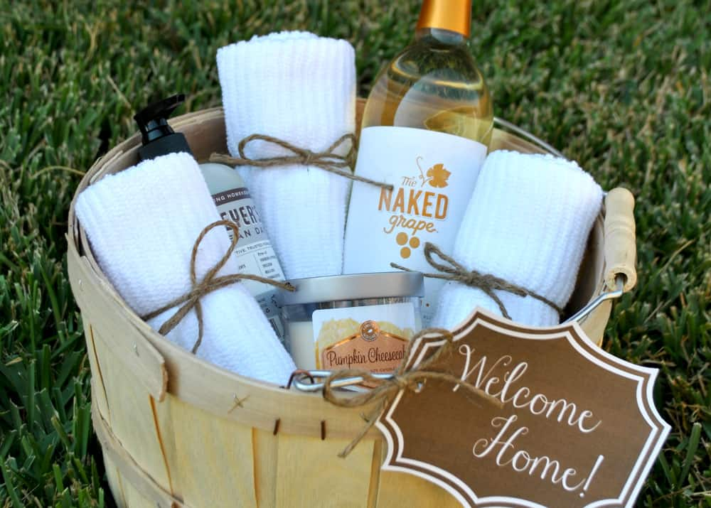 Creative housewarming gift ideas happy go lucky for Best wine for housewarming gift