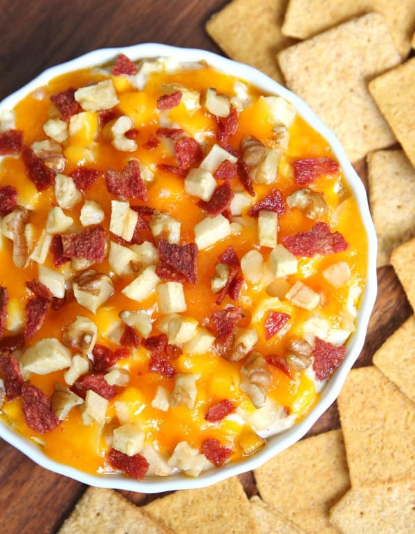 Bacon Cheddar Apple Dip
