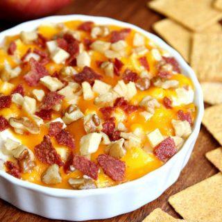 Bacon Cheddar Apple Dip