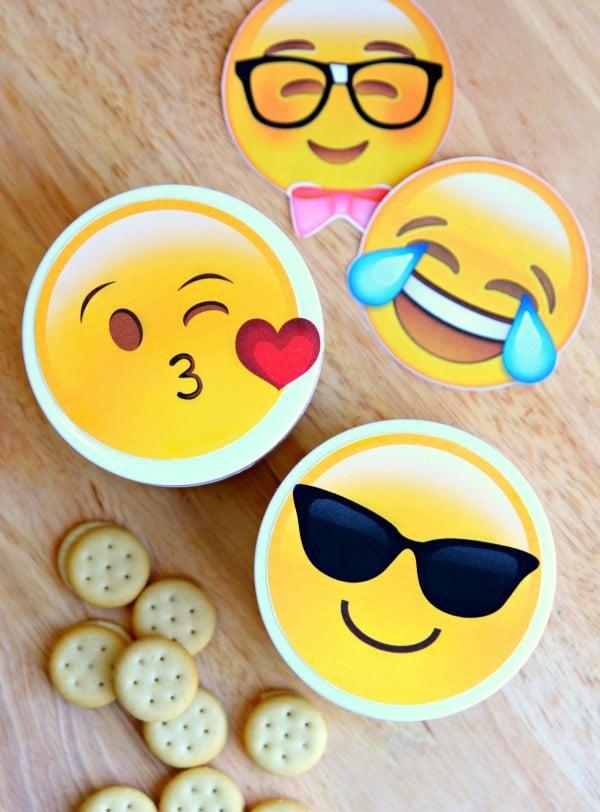 emoji-snack-cups-6