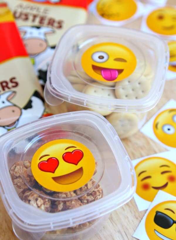 Emoji Snack Cups