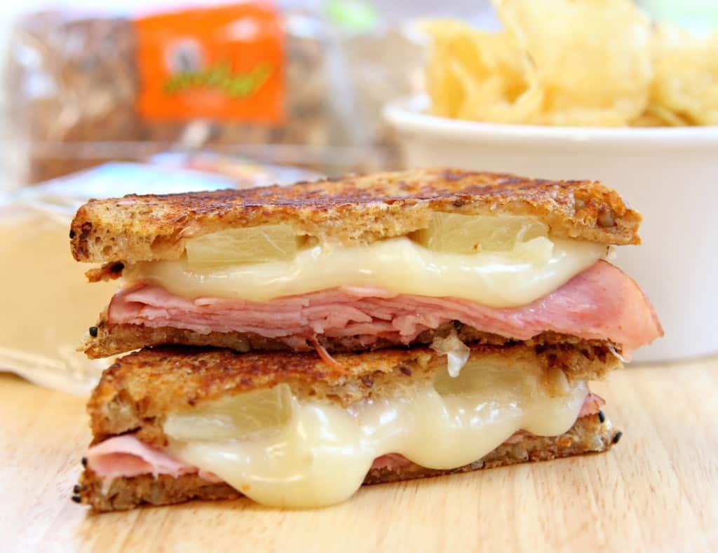hawaiian-grilled-cheese-2-1024x789