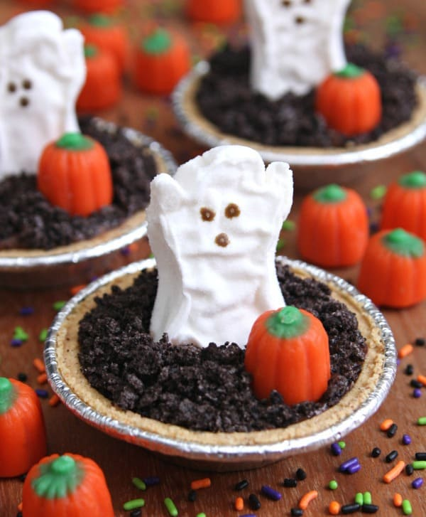 Mini Halloween Pudding Pies