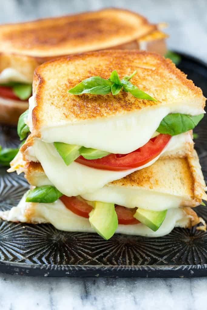caprese-sandwich-11-683x1024