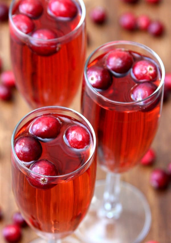 pear-and-cranberry-bellinis-2