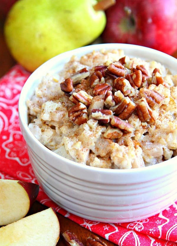 Make-Ahead Breakfast Recipes - Slow Cooker Oatmeal