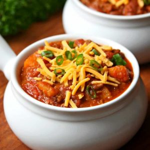 http://www.happygoluckyblog.com/wp-content/uploads/2017/01/Turkey-Sweet-Potato-Chili-300x300.jpg