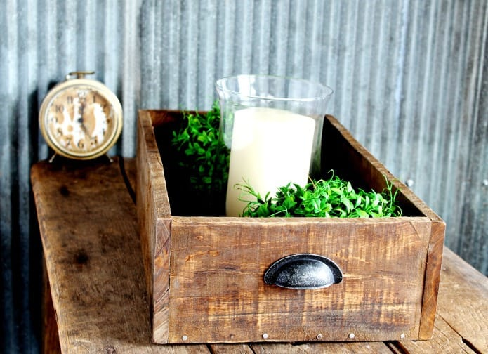DIY-salvaged-rustic-wood-drawer-crate-Knick-of-Time