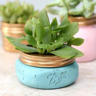 Tips for Painting Mason Jars