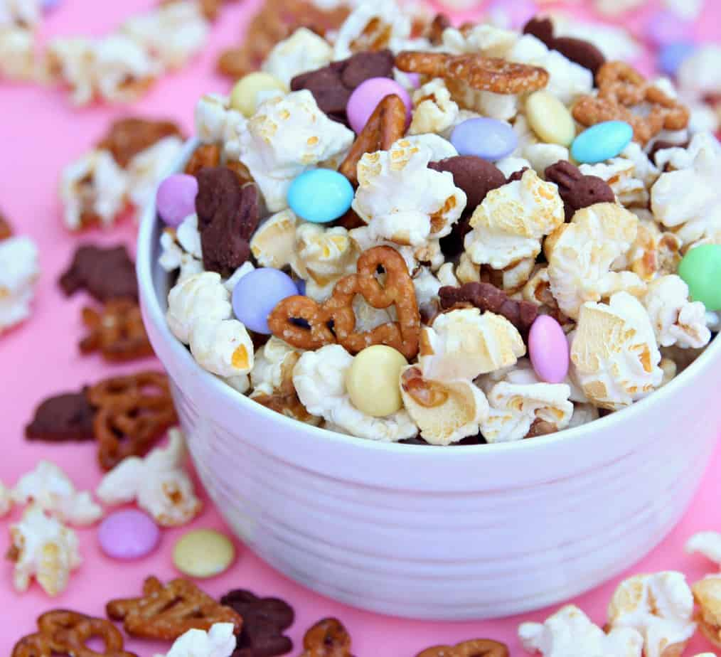 Bunny Bait Easter Snack Mix-2