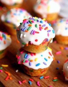 http://www.happygoluckyblog.com/wp-content/uploads/2017/04/Mini-Funfetti-Donut-Muffins-3-2-235x300.jpg