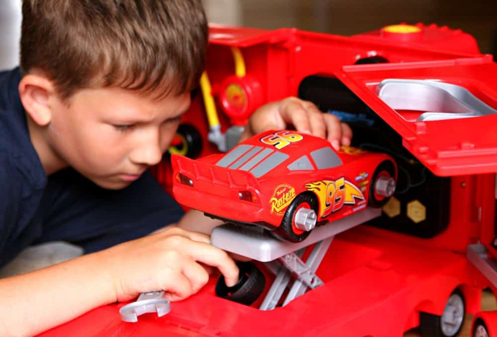 Cars 3 Connor