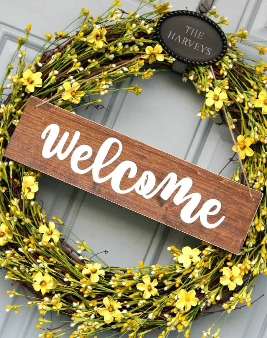Bright Sunny Wreath with DIY Welcome Sign