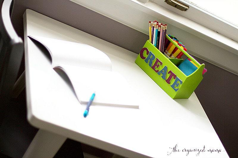 DIY-kids-desk-caddy-on-desk