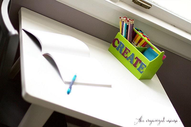 DIY-kids-desk-caddy-on-desk