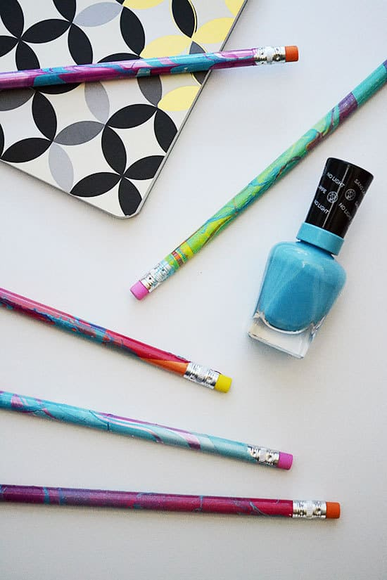 Easy-DIY-Marbled-Pencils-for-Back-to-School-