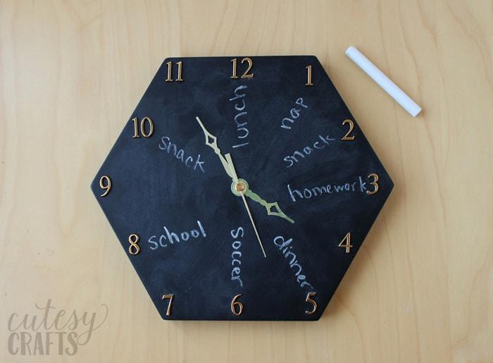 chalkboard-clock-04
