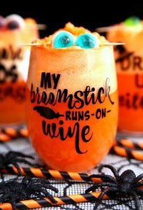 http://www.happygoluckyblog.com/wp-content/uploads/2017/09/Halloween-Wine-Glass-2-205x300.jpg