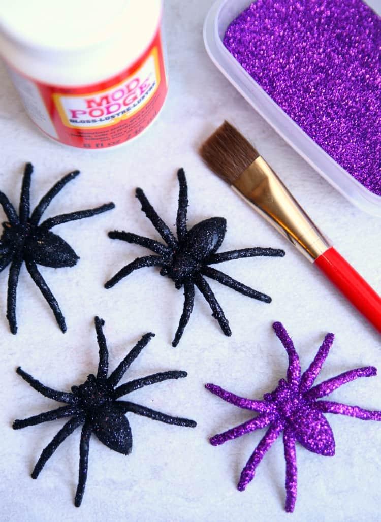 Spider Wreath Purple Spiders