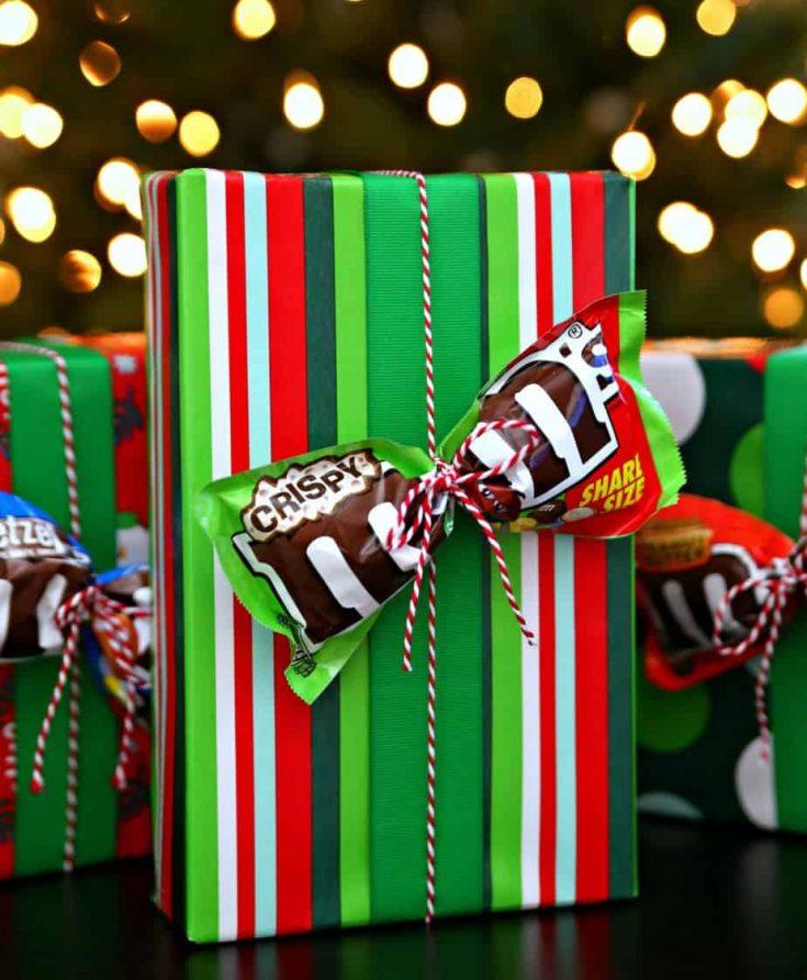 https://www.happygoluckyblog.com/wp-content/uploads/2017/12/Gift-Bows-1-735x892.jpg