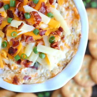 Warm and Cheesy Bacon Ranch Dip