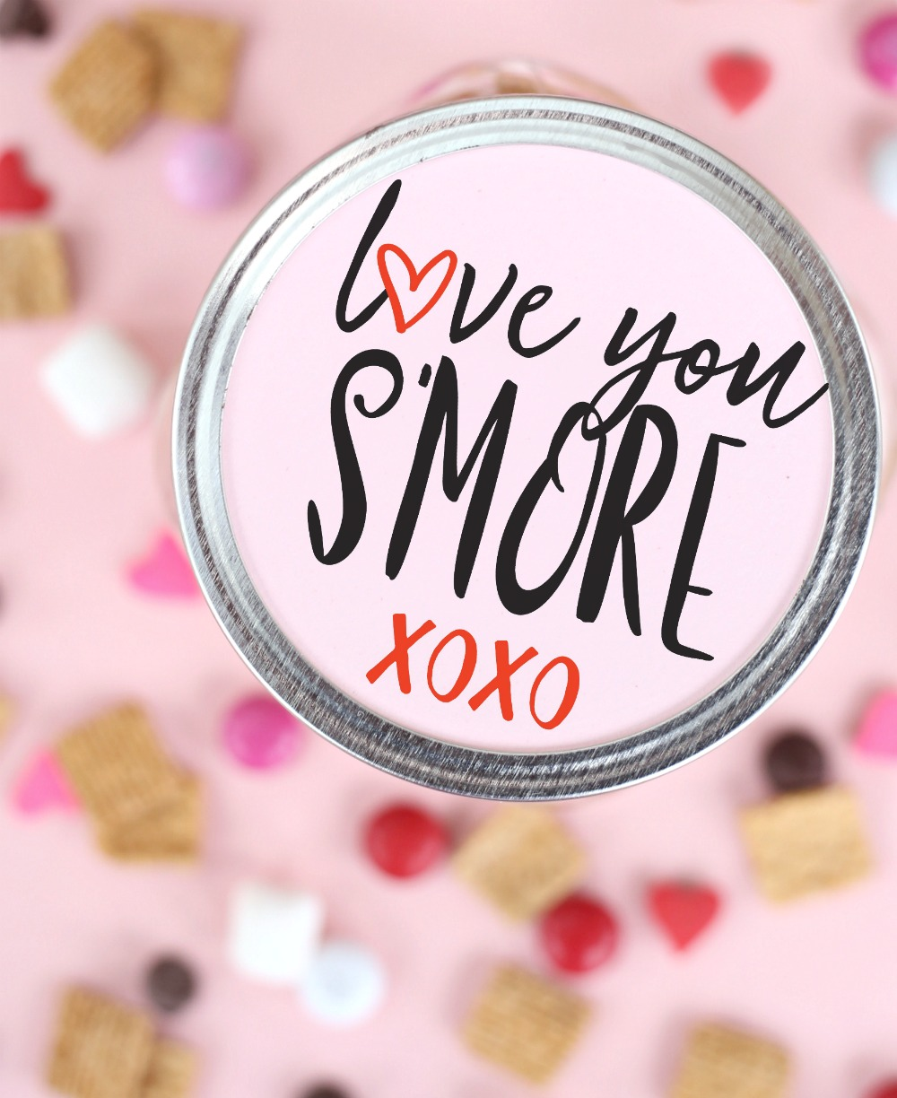 Valentine's S'mores Snack Mix - The perfect gift for your valentine!