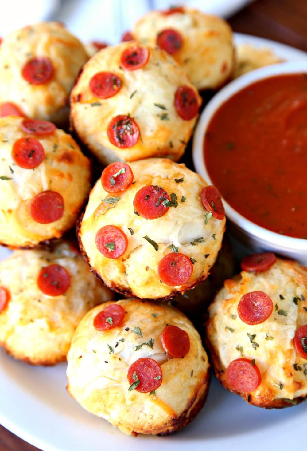 Easy Cheesy Garlic Muffins