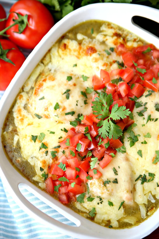 Baked Salsa Verde Chicken - A delicious 5 ingredient dinner recipe