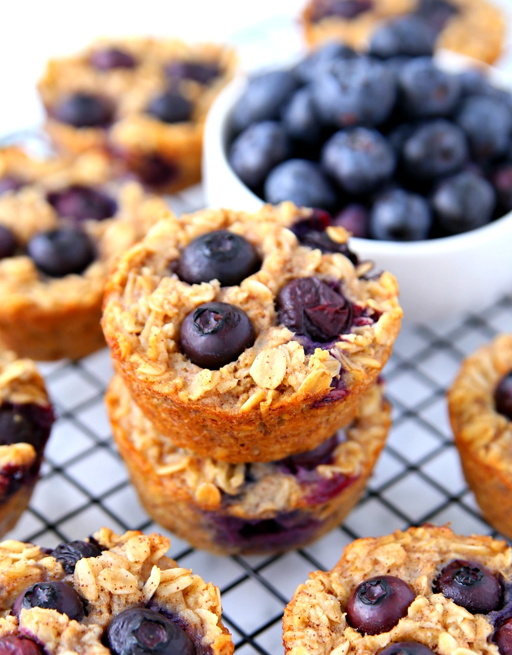 Blueberry Oatmeal Cups made with blueberries, oatmeal, bananas and other clean ingredients