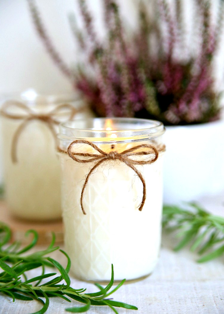 Handmade Lavender Rosemary Candles - an easy DIY project that will leave your house smelling amazing.  Make a few for yourself and give a few to your favorite people.  These wonderfully scented candles make great gifts!  The perfect gift idea! #giftidea #gift #mothersday #mothersdaygiftidea #diygift