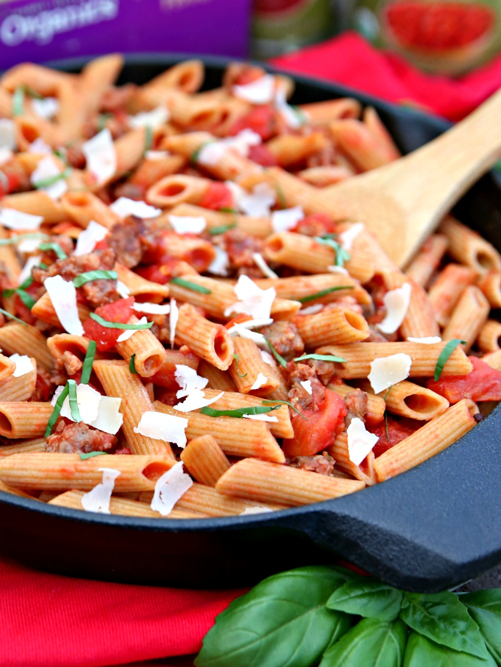 This One Skillet Italian Sausage Pasta Recipe is the easiest dinner.