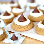 S'mores Hershey's Kiss Blossom Cookies - The perfect summer treat to make when it's too hot for a campfire.