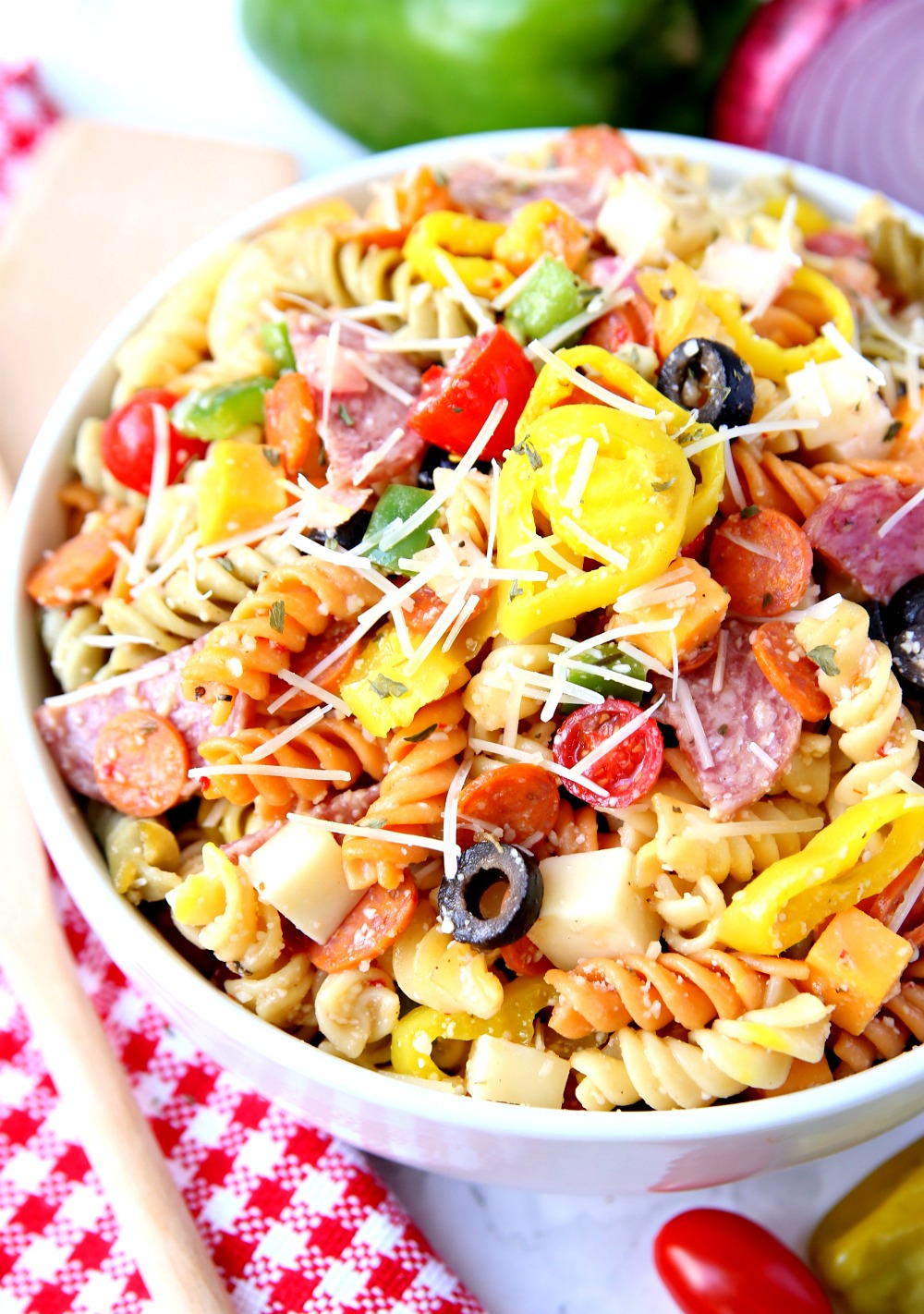 Pizza Pasta Salad is the best pasta salad recipe. It's full of flavor and easy to make.