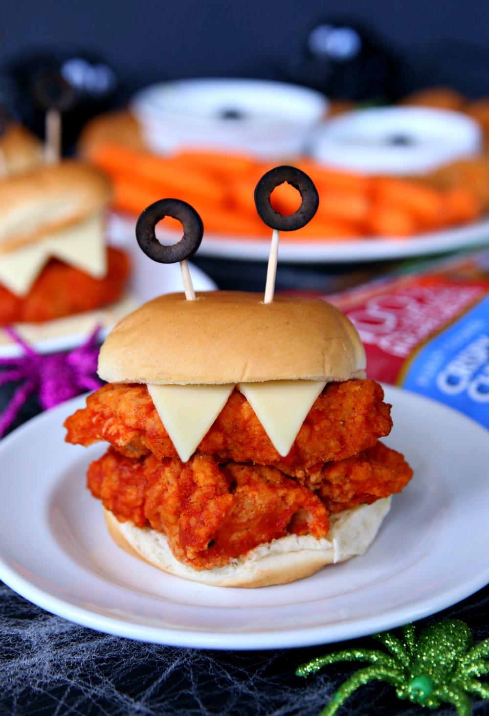 Halloween Appetizer Chicken Sandwiches - A fun Halloween appetizer perfect for Halloween parties.