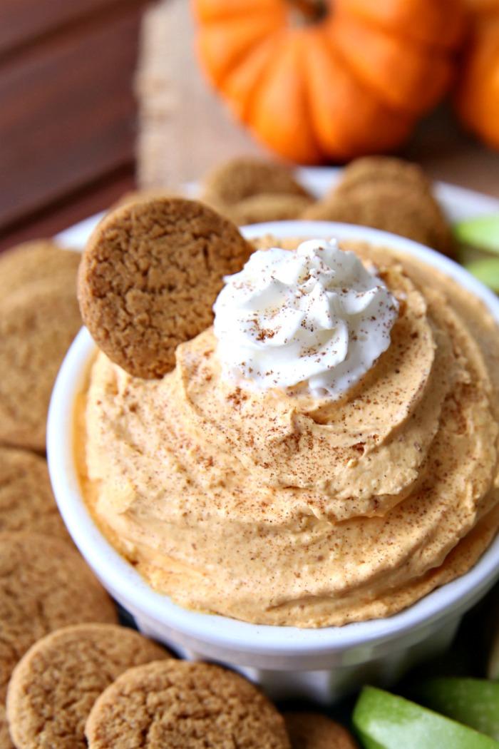 Pumpkin Pie Dip A delicious fall treat full of pumpkin spice